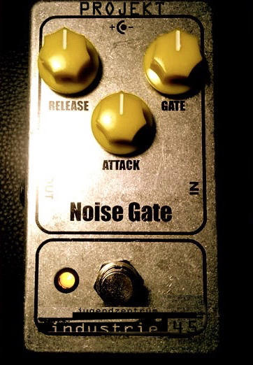 Flyer Noise Gate